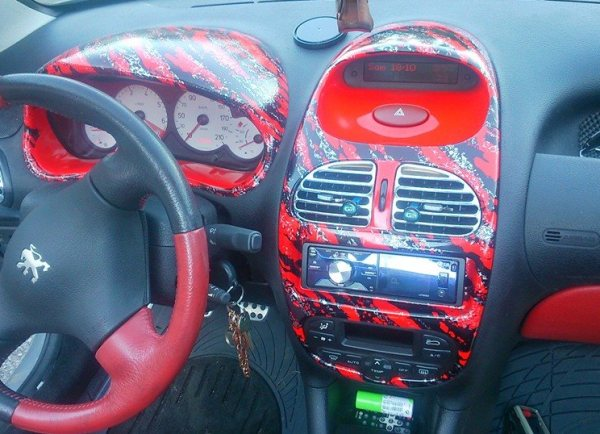 Art quality design int rieur peugeot 206 rouge for Peugeot 206 tuning interieur
